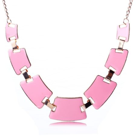 Collier quadrilateres rose