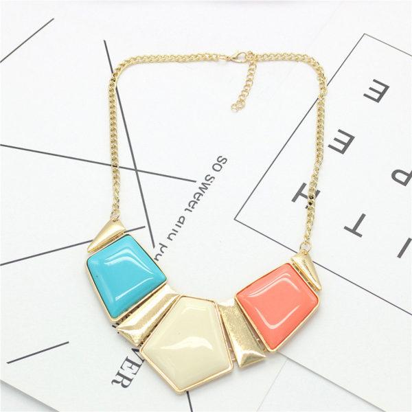 Superbe collier d'un trio de pentagones multicolores, milea fantasy