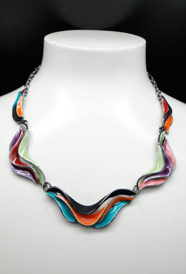 Collier vagues multicolore