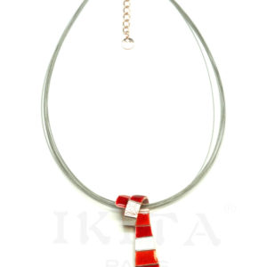 collier cravate rouge