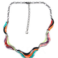 collier multicolore vagues