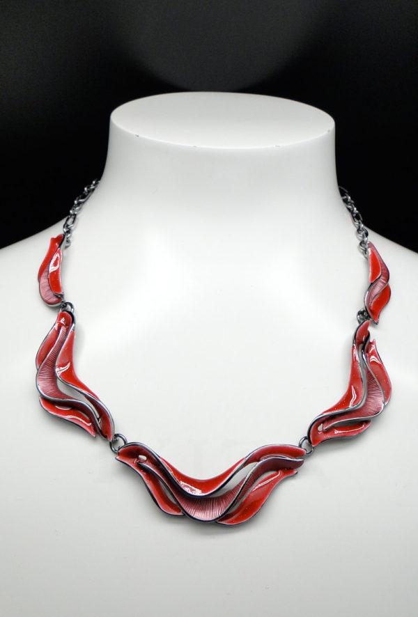 collier vague rouge 2